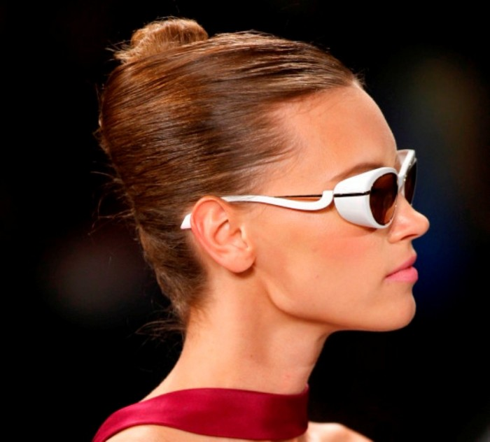 o-CAROLINA-HERRERA-570 20+ Hottest Women's Sunglasses Trending For 2019