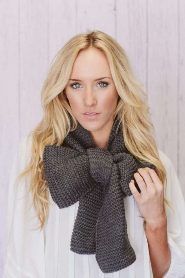 three-bird-nest-knitted-creation 10 Elegant Scarf Trend Forecast for Fall & Winter 2020