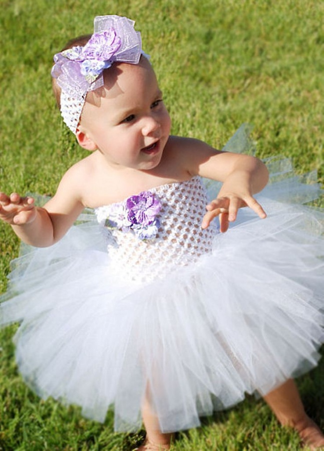 vintageflowerlavedress2 25 Magnificent & Dazzling Collection of Crochet Dresses for Baby Girls