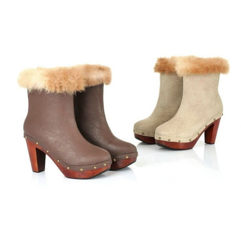 wooden-heel-and-rabbit-fur-boots 20+ Best Chosen Boot Trend Forecast for Fall &  Winter 2019