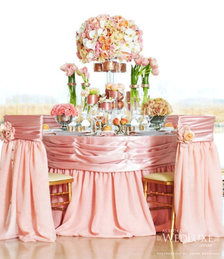 2014-Spring-wedding-table-linen-decorations 25 Breathtaking Wedding Centerpieces in 2016