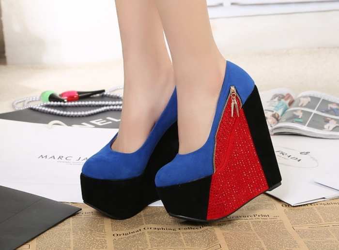240-shipping-Fashion-sparkling-diamond-cm-ultra-high-heels-color-block-platform-women-s-platform-wedges-240 Top 20 Fashion Trends that Men Hate