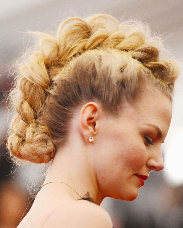 2ecfc2a0983ab1cff524251711200045 20 Weird and Funny Celebrity Hairstyles