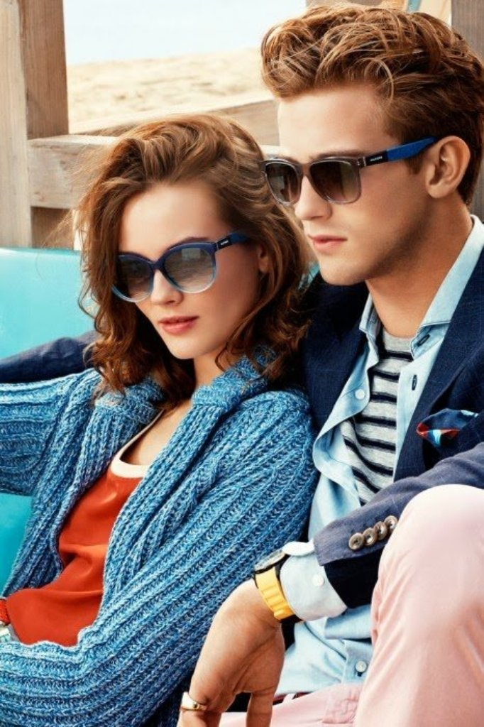 466x700xhilfiger_eyewear.jpg.pagespeed.ic_.WzsSJCQ3Un Latest 15 Spring and Summer Accessories Fashion Trends