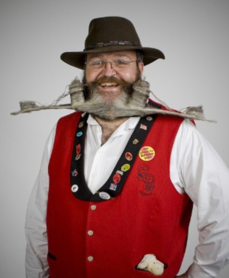 7.-Weird-Beard-and-Mustache-Designs 25 Crazy and Bizarre Beard and Moustache Styles