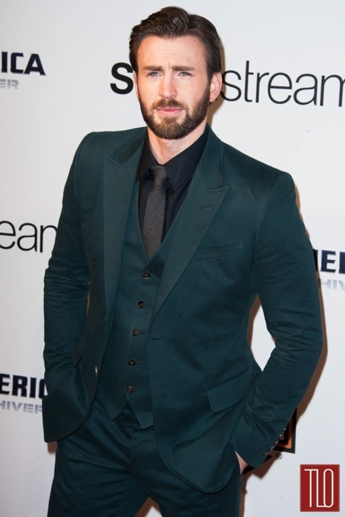 Chris-Evans-Fucci-Captain-America-Winter-Soldier-Paris-Premiere-Tom-Lorenzo-Site-TLO-4 Top 10 Hottest Beard Styles for Men for 2019
