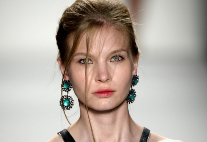 KATYA-LEONOVICH-179963040 20+ Most Stylish Summer Jewelry Trends