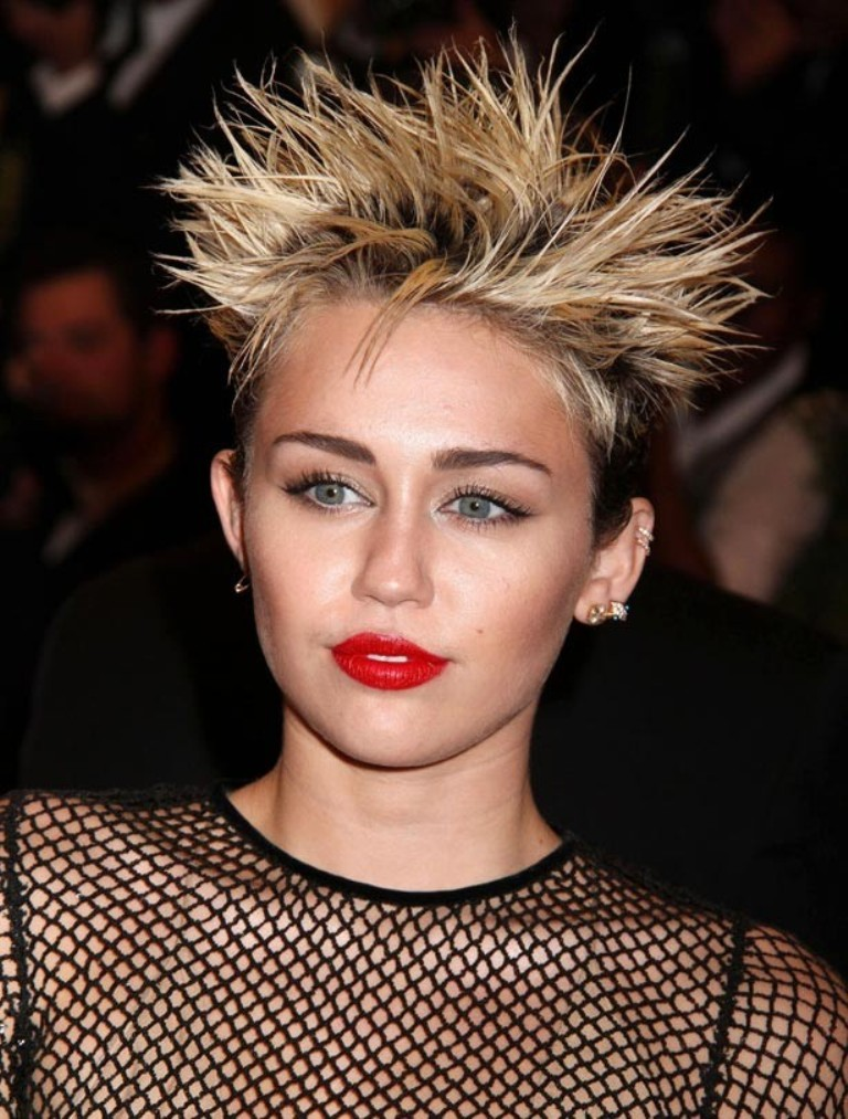 Miley-Cyrus 20 Weird and Funny Celebrity Hairstyles
