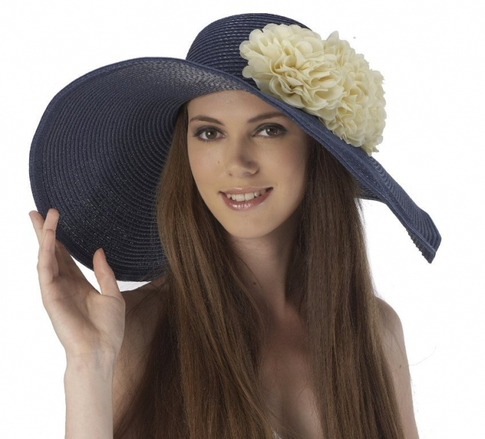 Nice-Summer-Hats-for-Girls-Trends-2014-8 10 Hottest Women's Hat Trends for Summer