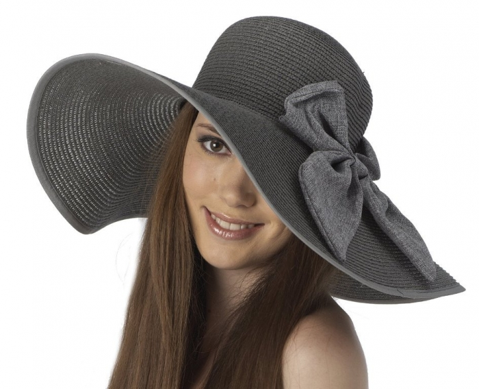 Nice-Summer-Hats-for-Girls-Trends-2014-9 10 Hottest Women's Hat Trends for Summer