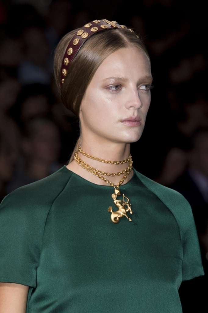 Trend-Spotting-The-Best-Jewelry-at-Spring-2014-Paris-Fashion-Week-26 20+ Hottest Necklace Trends Coming for Summer 2020