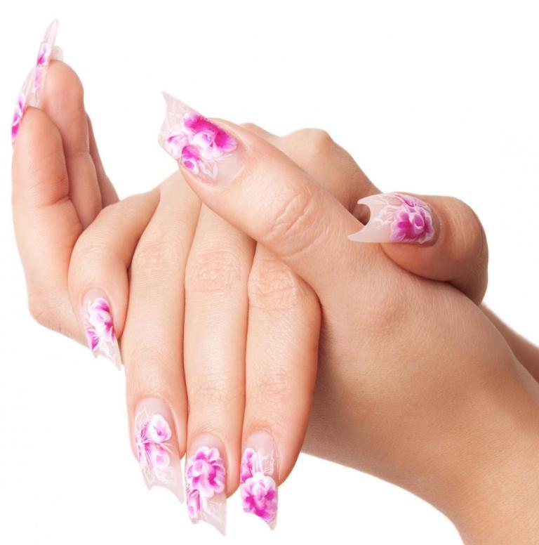 Tutorial-How-To-Wear-Fake-Nails Top 15 Beauty Trends that Men Hate
