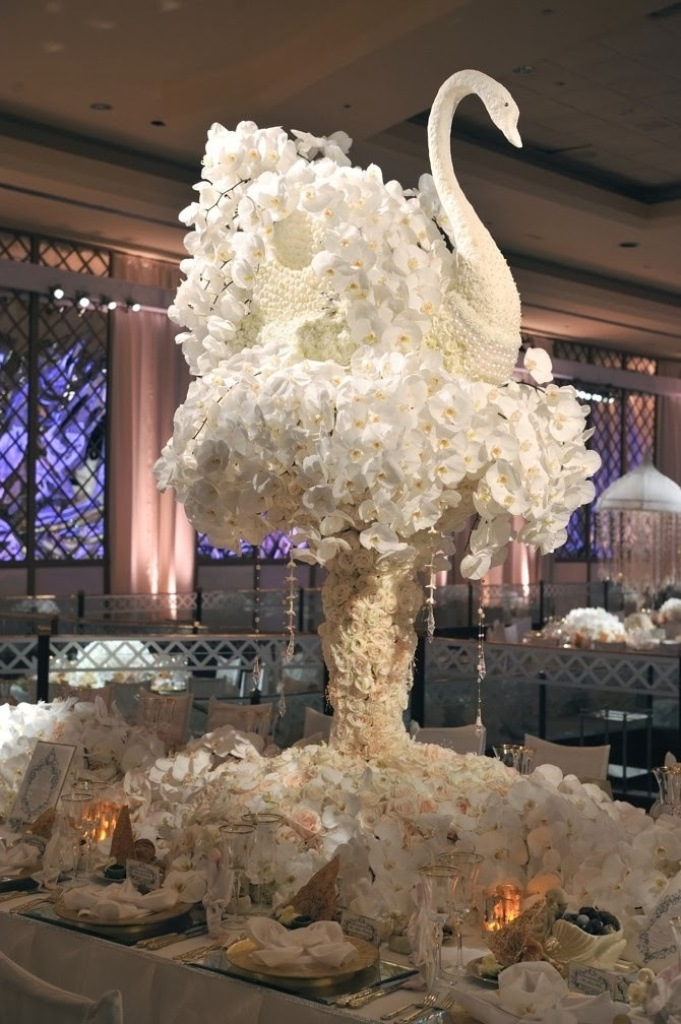 Wedding_Decoration_With_Flower_19 25+ Best Wedding Decoration Ideas in 2019