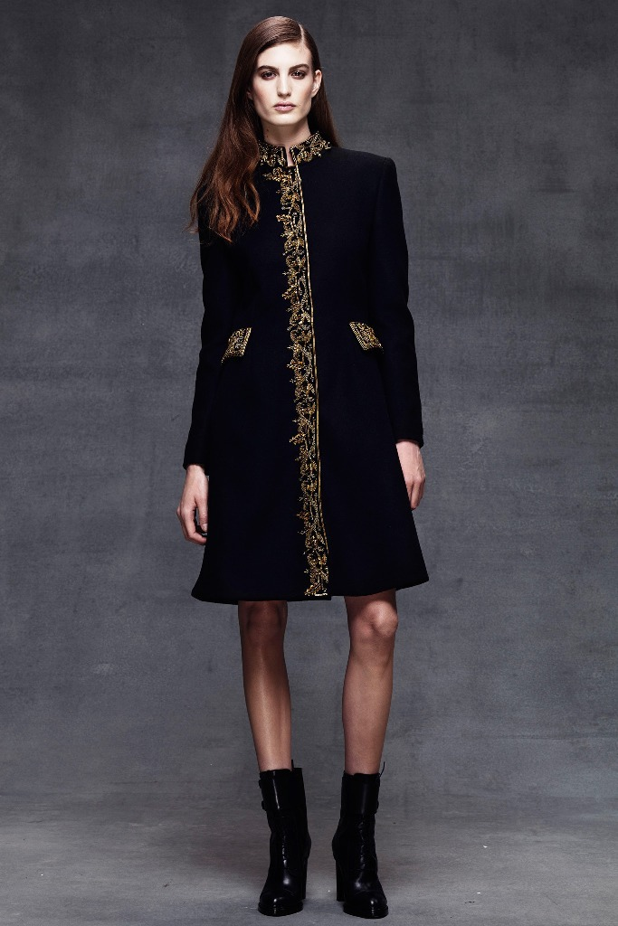 Womens-Military-Fall-Winter-2014-2015-Trend-Looks-5 20 Elegant Jacket & Coat Trends for Fall & Winter 2020