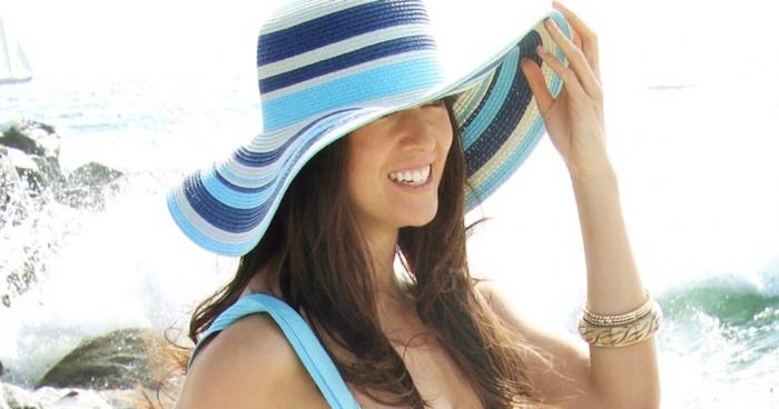 Womens-sun-hats-straw-beach-hats-big-floppy-hat-best-beach-hat-Summer-2014-Boardwalk-Style 10 Hottest Women's Hat Trends for Summer