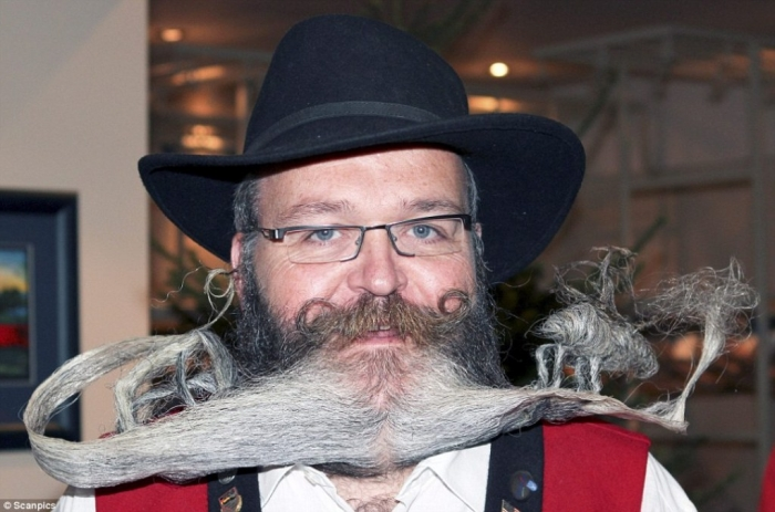 article-0-0C169CE400000578-837_964x638 25 Crazy and Bizarre Beard and Moustache Styles