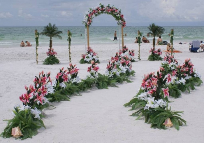 beautiful-beach-wedding-decoration-ideas 25 Awesome Wedding Decorations in 2017