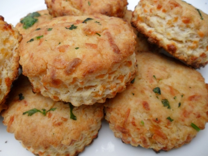 biscuit-mix-vegetables 15 Healthiest Food Trends You Must Follow in 2020
