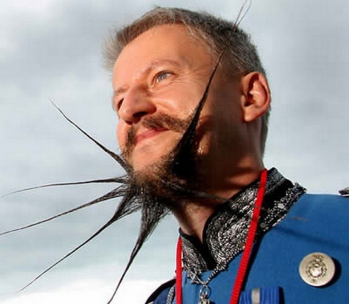 crazy_facial_hair_33 25 Crazy and Bizarre Beard and Moustache Styles