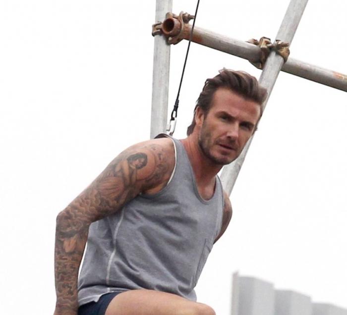 david-beckham-T Top 15 Celebrity Men's Fashion Trends for Summer