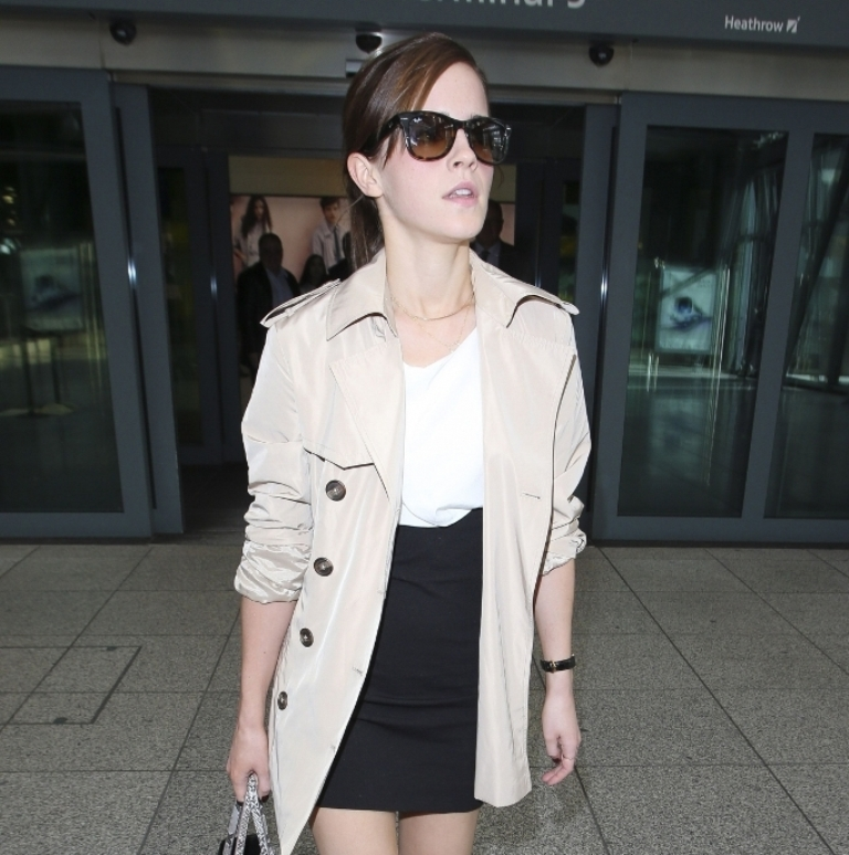 emma-watson-heathrow-airport-pic159288 Top 10 Celebrity Casual Fashion Trends for 2020
