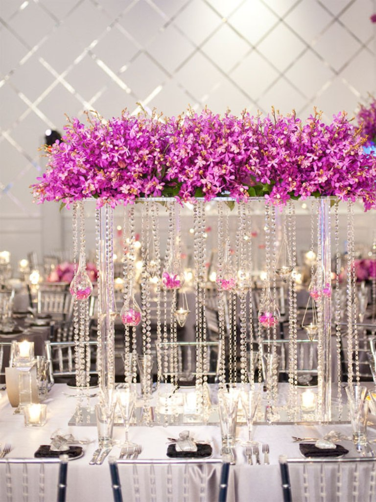 glamourous_wedding_decor_and_centerpiece_ideas_wedding_decoration_centerpieces_the_wedding 25+ Breathtaking Wedding Centerpieces Trending For 2019