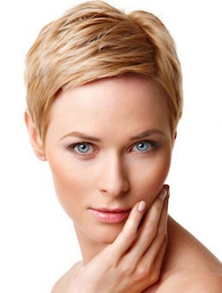 good-short-haircuts-for-fine-hair-round-face-2014 25+ Short Hair Trends for Round Faces Chosen for 2019
