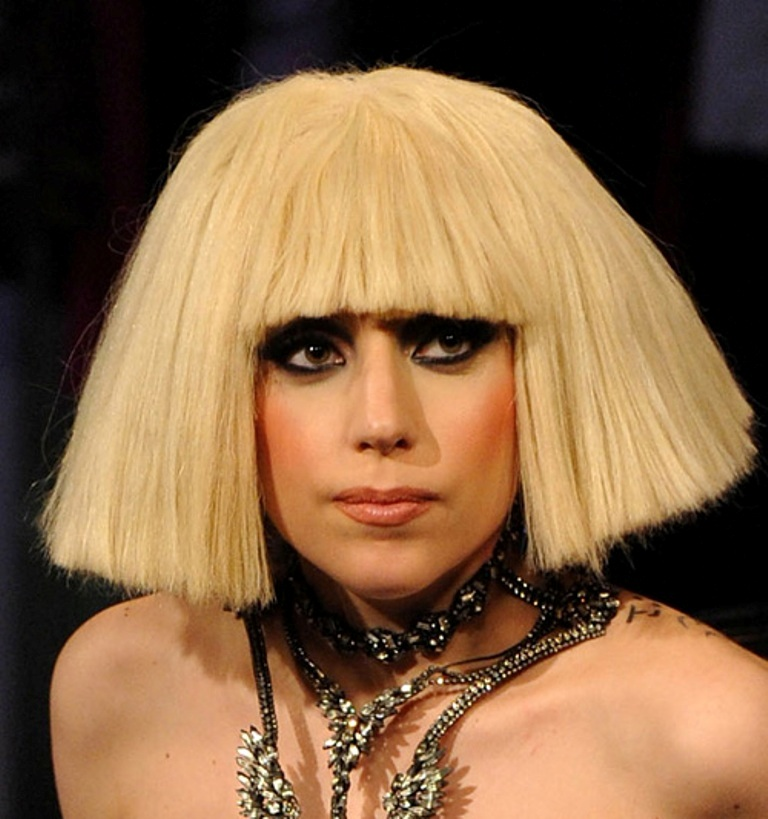 lady-gaga-haircuts 20 Weird and Funny Celebrity Hairstyles