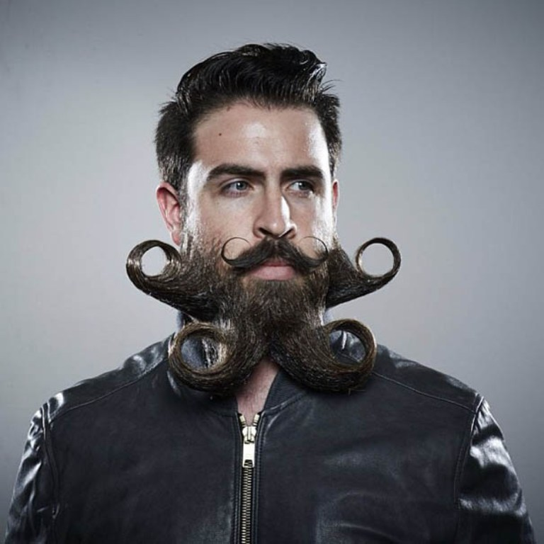 mr-incredibeard-beard-styles-9 25 Crazy and Bizarre Beard and Moustache Styles