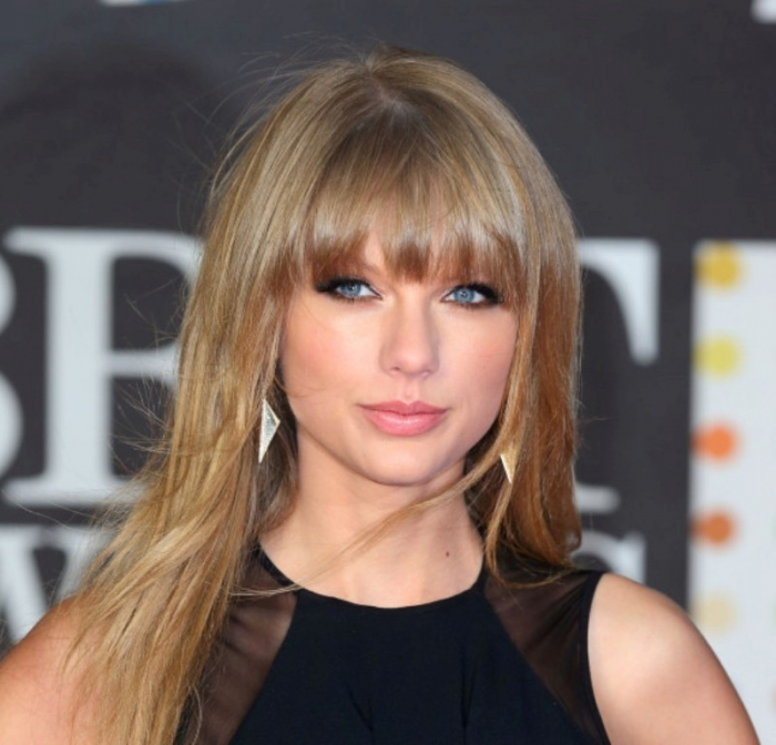 o-TAYLOR-SWIFT-570 Hottest 14 Celebrity Summer Hair Trends 2019