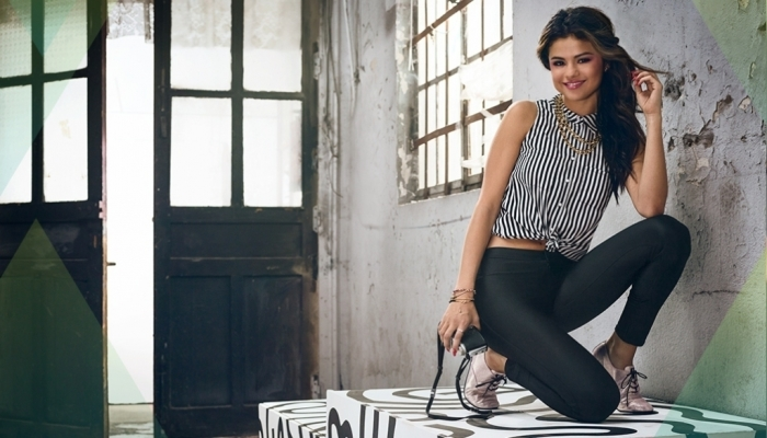selena-adidas-neo-summer-9 21+ Most Stylish Teen Fashion Trends for Summer 2020