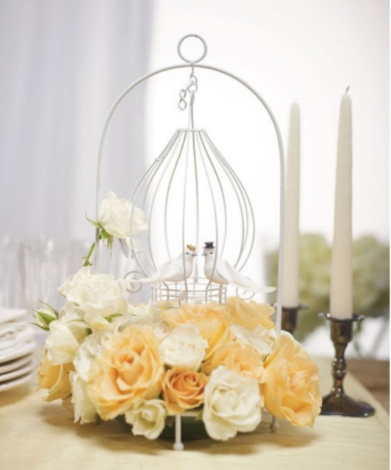 simple-wedding-centerpieces-ideas-5 25+ Breathtaking Wedding Centerpieces Trending For 2019
