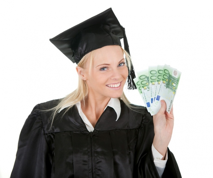 student-2 Biggest College Board Trends in College Pricing