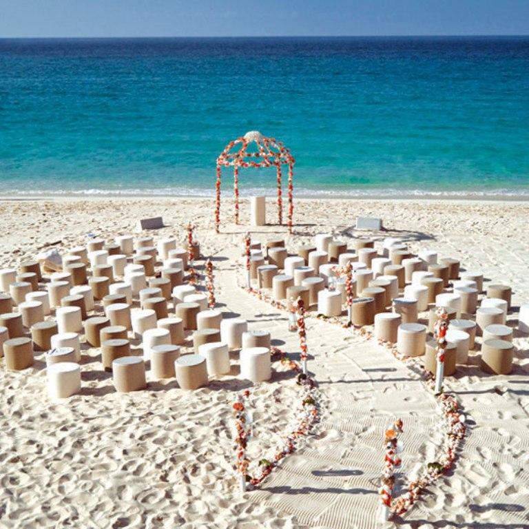 stunning-beach-wedding-decoration-ideas 25+ Breathtaking Wedding Decoration Ideas in 2020