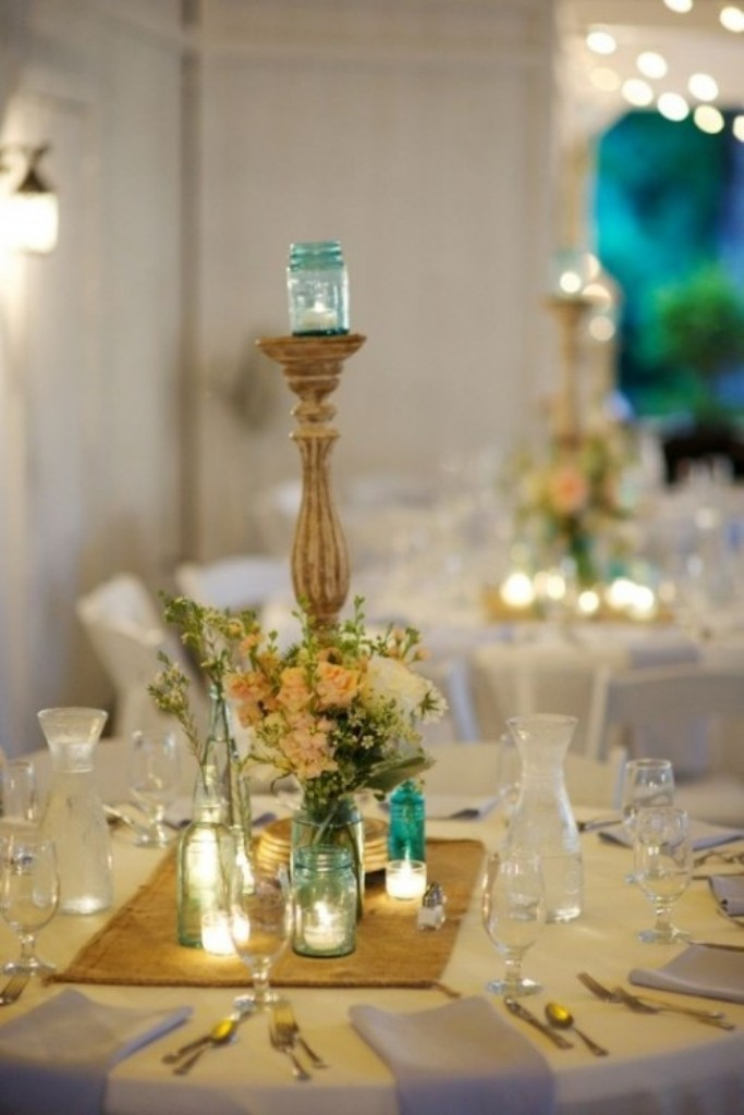 Breathtaking wedding centerpieces in pouted