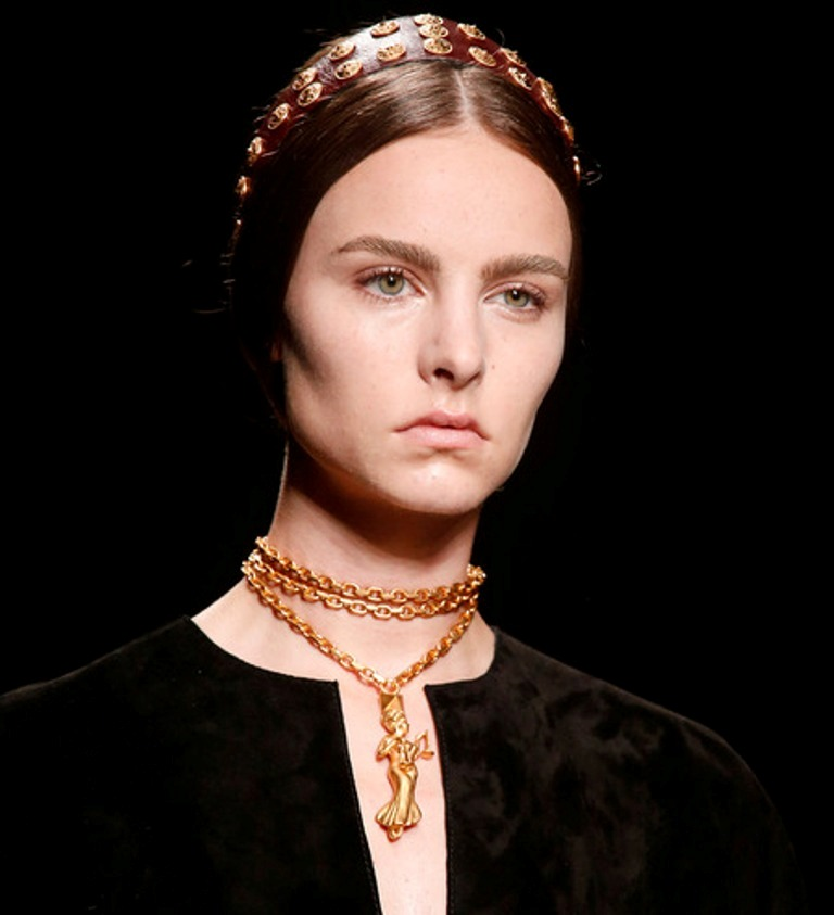 valentino-pfw-ss14-3 Hottest 20 Necklace Trends for Summer 2017