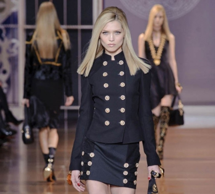 versace-fall-winter-2014-show20 20 Military Clothing Fashion Trends 2017 ... [UPDATED]