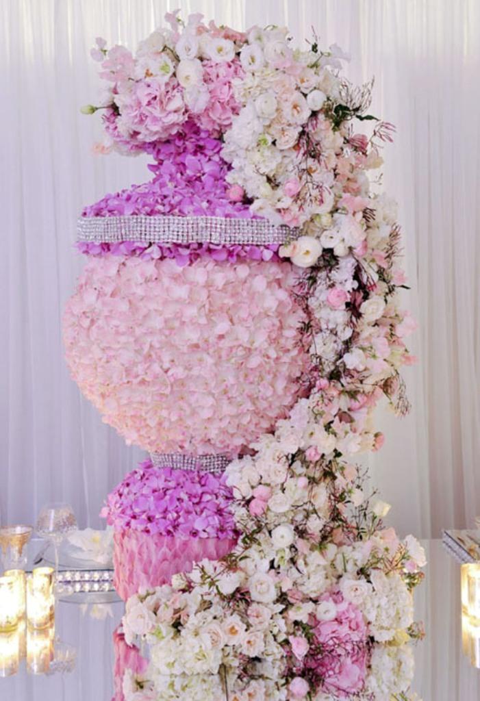 wedding-centerpieces-38 25+ Breathtaking Wedding Centerpieces Trending For 2022