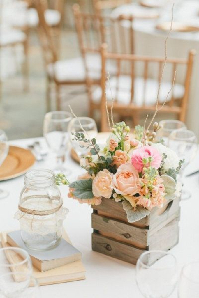 wood-create-wedding-centerpieces 25 Breathtaking Wedding Centerpieces in 2016