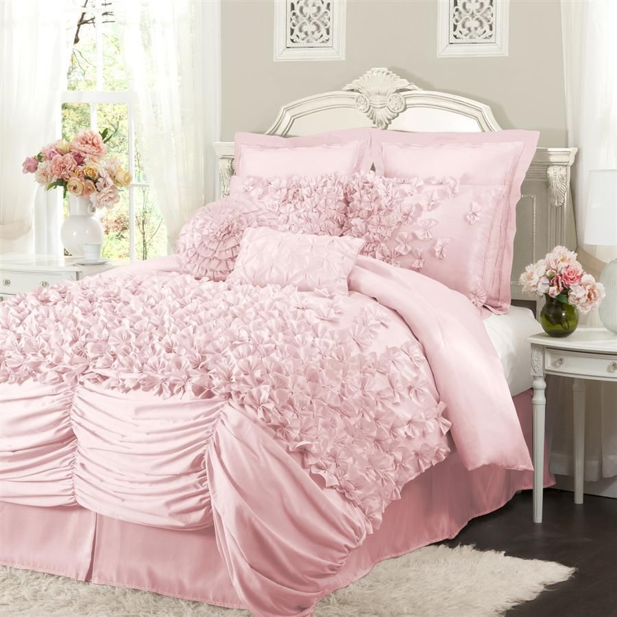 1000x1000 How to Choose the Perfect Bridal Bedspreads