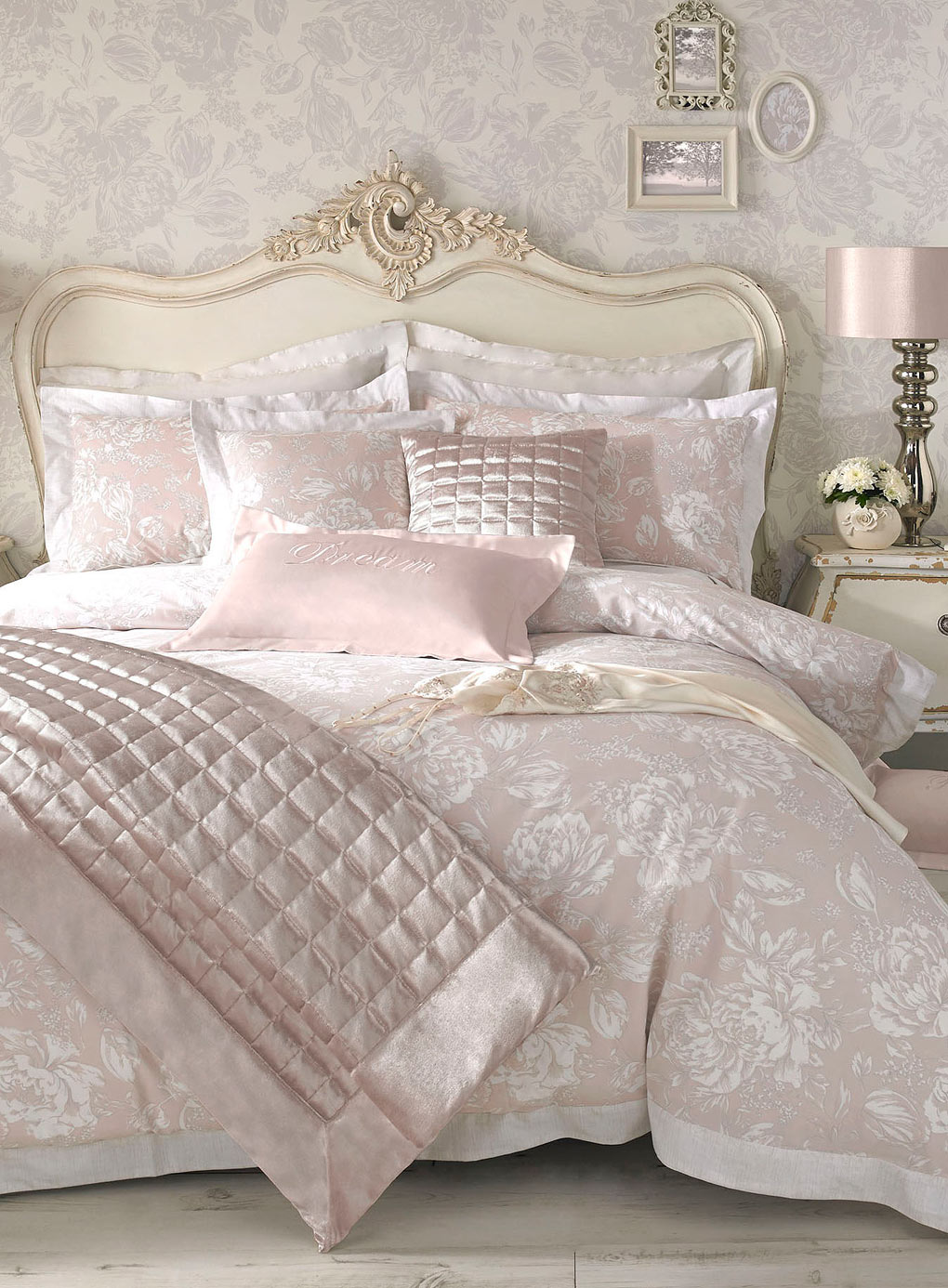 How To Choose The Perfect Bridal Bedspreads Pouted