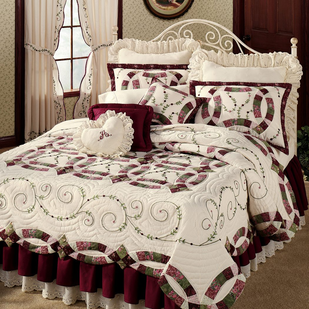 37872d7fb3c4acf729a85c03db7bdc78 How to Choose the Perfect Bridal Bedspreads