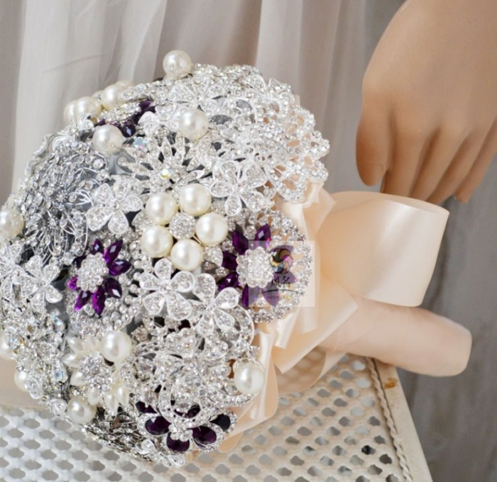 Free-shipping-Luxurious-custom-Silver-purple-beading-brooch-wedding-Bouquet-Shining-diamond-pearl-bride-holding-flowers How to Design Your Brooch Bouquet