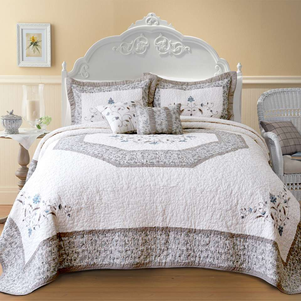 QT3400-Agnes-ALT How to Choose the Perfect Bridal Bedspreads