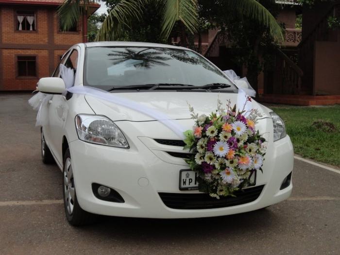 Wedding-Hire-Car-071836691352a2c72b4b46c594e0d6 How to Choose the Right Wedding Car