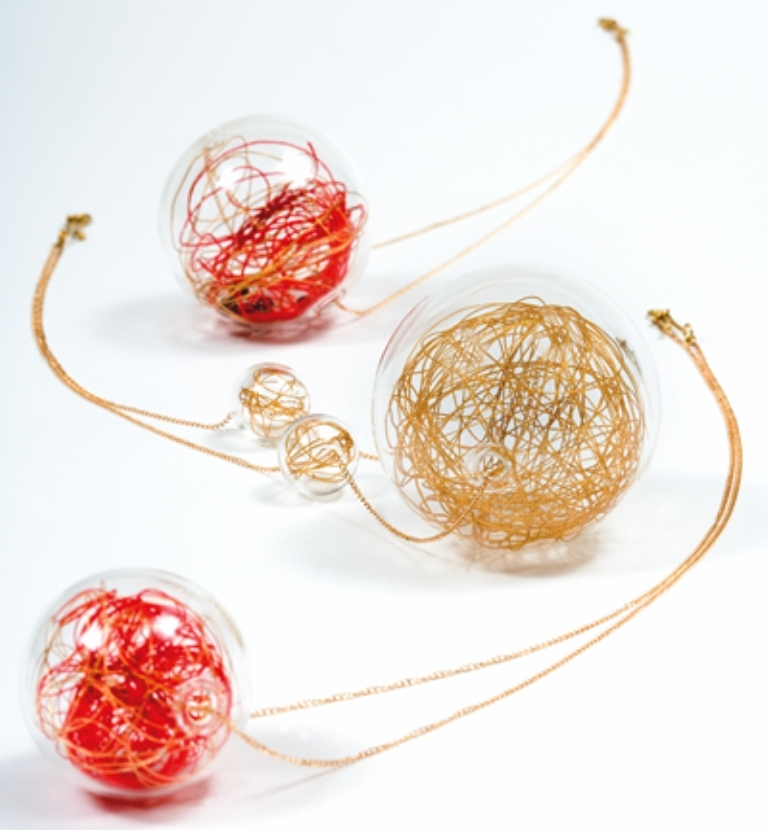WendyRamshaw001 25 Pieces of Elegant & Fashionable Glass Jewelry