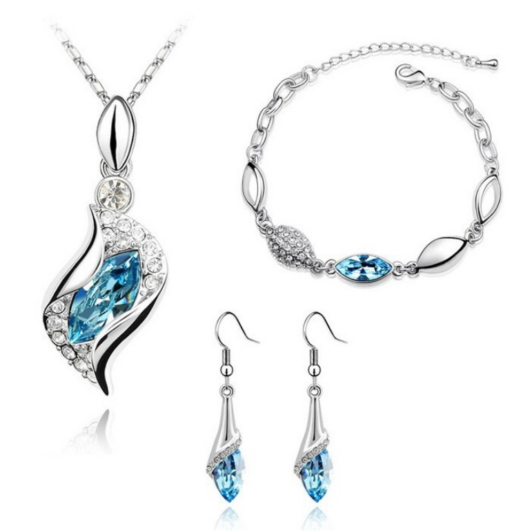White-Gold-Plated-Wedding-Crystal-Make-with-Swarovski-Elements-Jewelry-Sets-N81241 How to Buy Jewelry for Your Wife