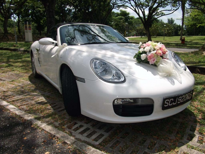 White-Porsche-Boxster-Bridal-Car-Photo How to Choose the Right Wedding Car