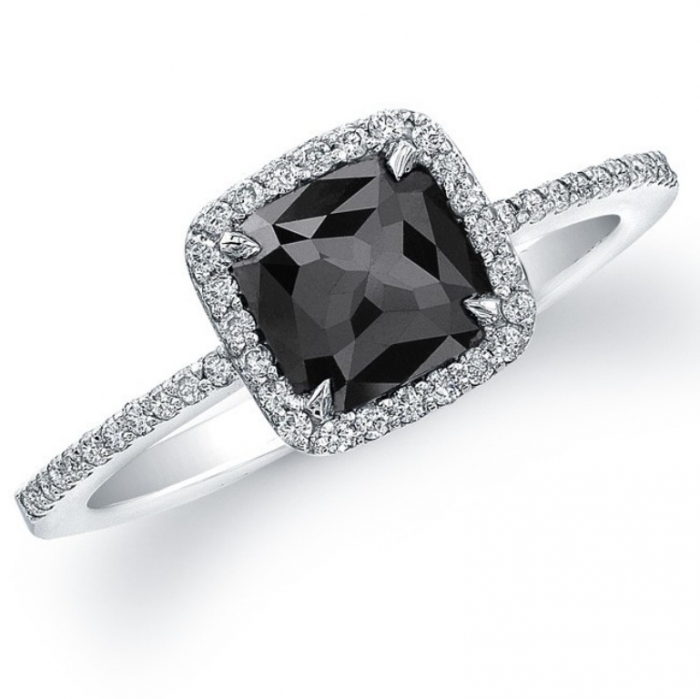 black-diamond-engagement-ring-5 Top 25 Rare Black Diamonds for Him & Her