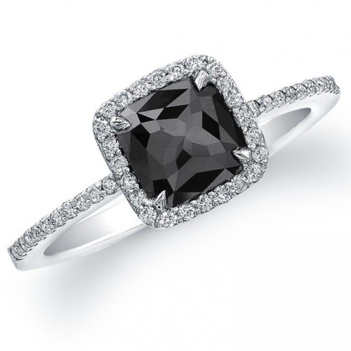 black-diamond-engagement-ring-5 Top 25 Rare Black Diamonds for Him & Her